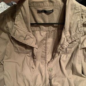 Short cargo green jacket